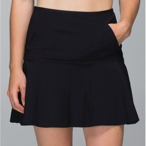 Lululemon Black Get it on Skirt Size 4